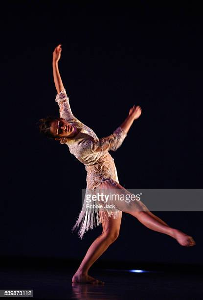 """Francesca Romo and Luke Baio in the Richard Alston Dance Company production """"Shimmer"""" at Sadlers Wells Theatre London. Robbie Jack/Corbis"""