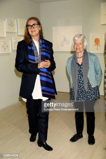 Francesca ThyssenBornemisza and Joan Jonas during the conference presenting the exhibition Moving Off the Land II at the ThyssenBornemisza National...
