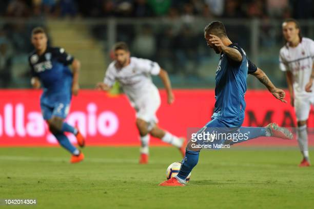 Francesco Caputo of Empoli FC scores a goal during the serie A match between Empoli and AC Milan at Stadio Carlo Castellani on September 27 2018 in...