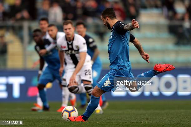 Francesco Caputo of Empoli FC scores a goal during the Serie A match between Empoli and Parma Calcio at Stadio Carlo Castellani on March 2 2019 in...