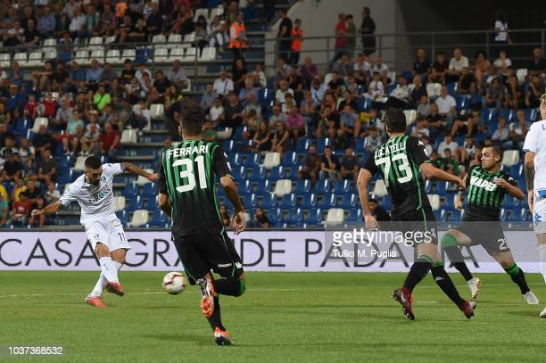 Francesco Caputo of Empoli scores the opening goal during the serie A match between US Sassuolo and Empoli at Mapei Stadium Citta' del Tricolore on...