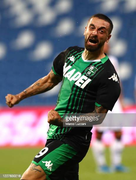 Francesco Caputo of US Sassuolo celebrates his goal during the Serie A match between US Sassuolo and Genoa CFC at Mapei Stadium - Citta del Tricolore...