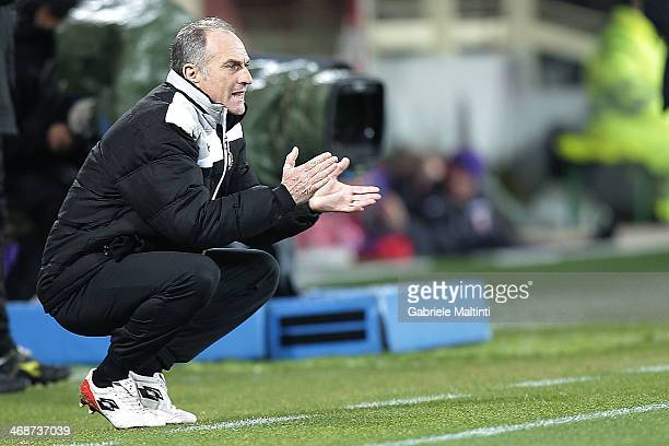 Francesco Guidolin head coach of Udinese Calcio shouts instructions to his players during the TIM Cup match between ACF Fiorentina and Udinese Calcio...