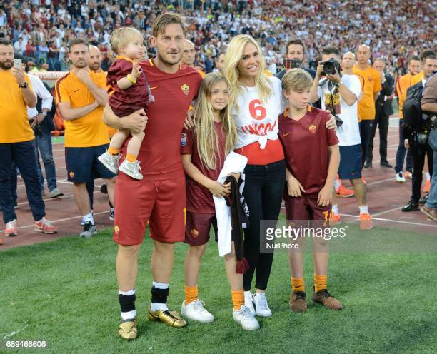 Francesco Totti and Ilary Blasi during the Italian Serie A football match between AS Roma and FC Genoa at the Olympic Stadium in Rome on may 28 2017