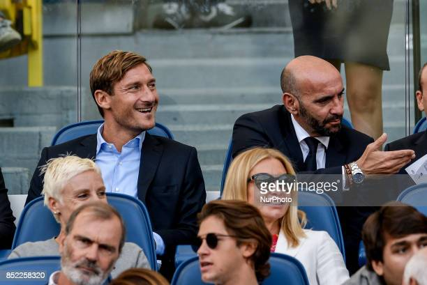 Francesco Totti and Monchi of Roma during the Serie A match between Roma and Udinese at Olympic Stadium Roma Italy on 23 September 2017