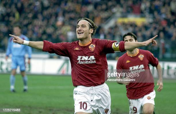 Francesco Totti of AS Roma celebrates after scoring the goal during the Serie A 2000-01 Italy.
