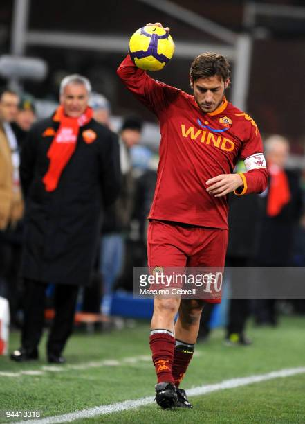 Francesco Totti of AS Roma in action during the Serie A match between UC Sampdoria and AS Roma at Stadio Luigi Ferraris on December 13 2009 in Genoa...