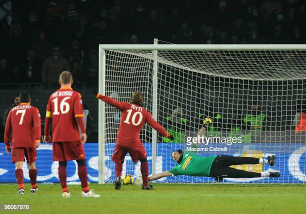 Francesco Totti of AS Roma scores a penalty during the Serie A match between Juventus FC and AS Roma at Olimpico Stadium on January 23 2010 in Turin...
