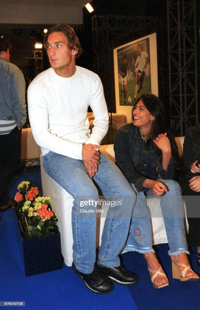 Francesco Totti dating