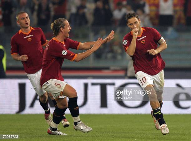 Francesco Totti of Roma celebrates a goal during the Serie A match between Roma and Ascoli on October 25, 2006 in Rome, Italy.