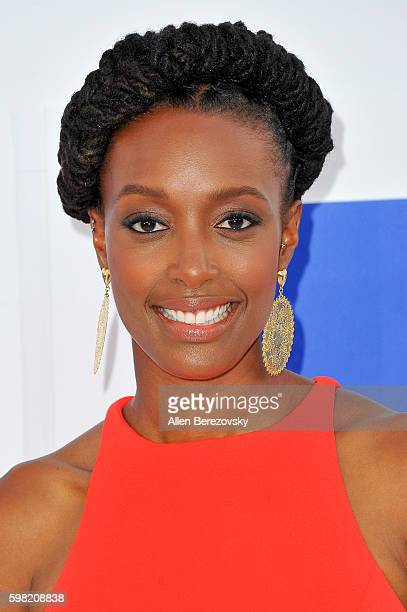 Franchesca Ramsey arrives at the 2016 MTV Video Music Awards at Madison Square Garden on August 28, 2016 in New York City.
