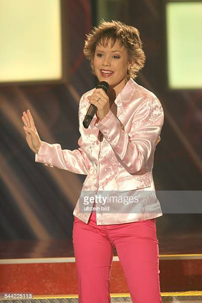 Francine Jordi Sängerin Schlager Volksmusik SchweizAuftritt in der MDR Fernsehsendung Die Schlager des Jahres in der Stadthalle Chemnitz Ausstrahlung