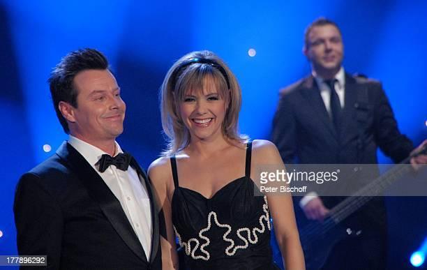 Francine Jordi und Lebensgefährte Florian Ast ARD/ORFMusikshow 15 Preisverleihung Krone der Volksmusik Stadthalle Chemnitz Sachsen Deutschland Europa...