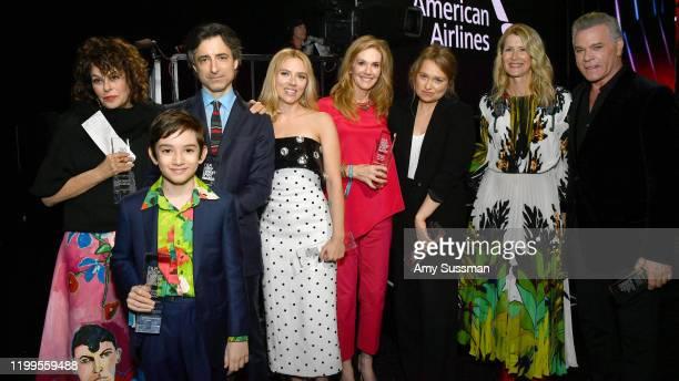 Francine Maisler, Azhy Robertson, Noah Baumbach, Scarlett Johansson, Julie Hagerty, Merritt Wever, Laura Dern and Ray Liotta, winners of the Robert...