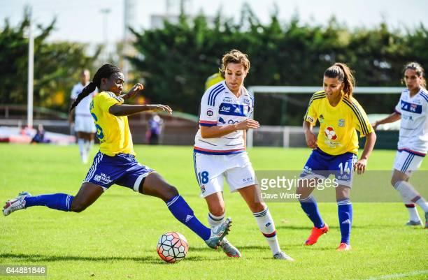 Francine ZOUGA / Claire LAVOGEZ VGA Saint Maur / Lyon 1eme journee de 1er Division feminine Photo Dave Winter / Icon Sport