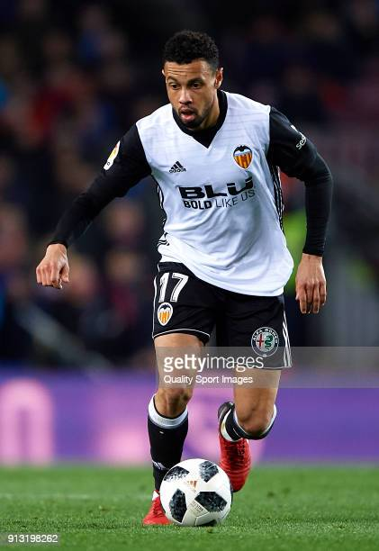 Francis Coquelin of Valencia in action during the Copa del Rey semifinal first leg match between FC Barcelona and Valencia CF at Camp Nou on February...