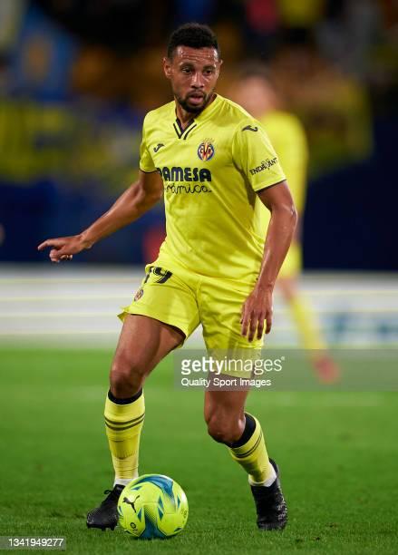 Francis Coquelin of Villarreal CF runs with the ball during the La Liga Santander match between Villarreal CF and Elche CF at Estadio de la Ceramica...