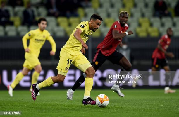 Francis Coquelin of Villarreal CF runs with the ball during the UEFA Europa League Final between Villarreal CF and Manchester United at Gdansk Arena...