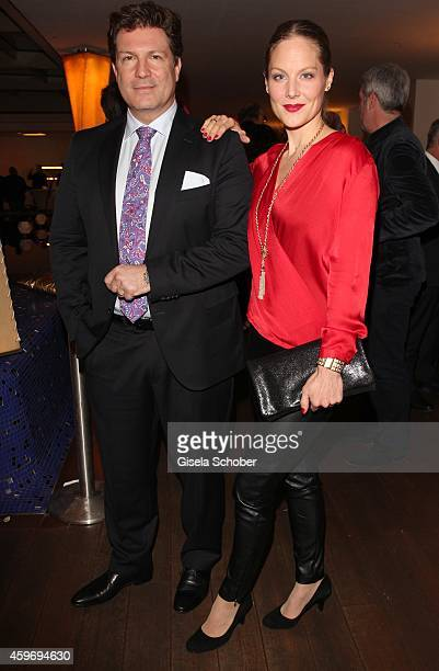Francis Fulton Smith Tessa Mittelstaedt during the ARD advent dinner hosted by the program director of the tv station Erstes Deutsches Fernsehen at...