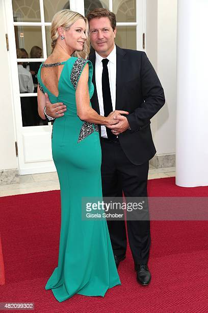 Francis FultonSmith and his wife Verena Klein during the 'Die Goldene Deutschland' Gala on July 26 2015 at Cuvillies Theater in Munich Germany