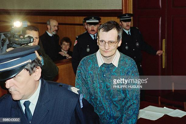 Francis Heaulme a widelysuspected serial killer accused of murdering a woman near Brest Brittany in May 1989 arrives on January 27 1994 for his trial...