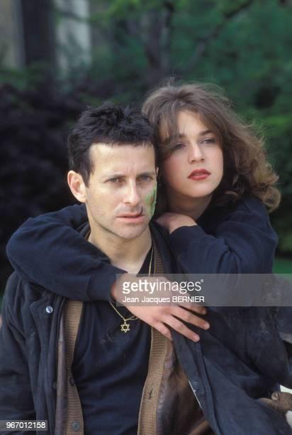 Francis Huster et Maruschka Detmers lors du tournage du film 'Le Faucon' de Paul Boujenah le 30 mai 1983 à Paris France