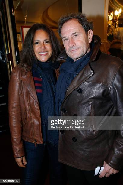 Francis Lombrail with his wife Viktor Lazlo attend the 'Ramses II' Theater Play at Theatre des Bouffes Parisiens on October 23 2017 in Paris France
