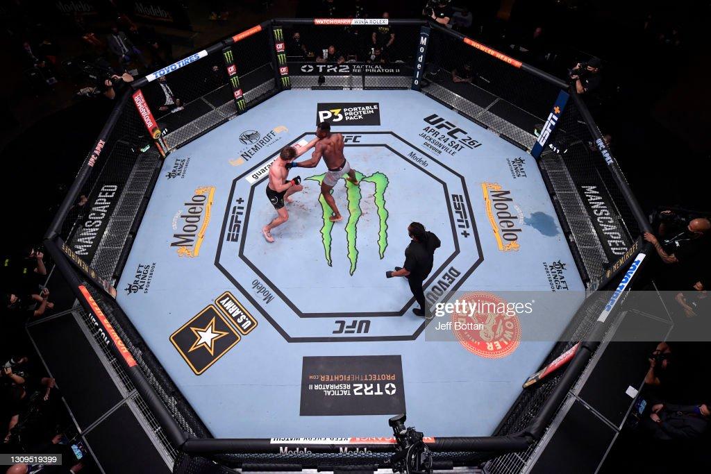 UFC 260: Miocic v Ngannou 2 : ニュース写真
