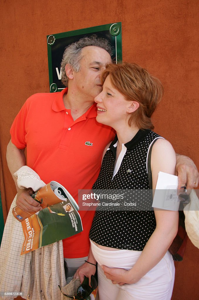 Francis Perrin and his wife visit Roland Garros village during the 2005 French Open tennis.