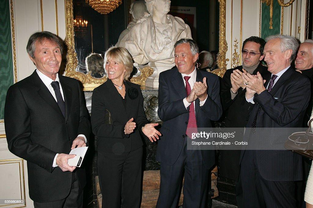 Francis Veber, Madam Veber, Gad Elmaleh and Philippe Labro at the 'Henri Jeanson' prize ceremony.
