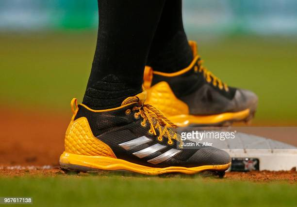 Francisco Cervelli of the Pittsburgh Pirates is seen wearing Adidas baseball cleats against the St Louis Cardinals at PNC Park on April 27 2018 in...