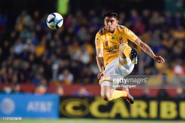 Francisco Eduardo Venegas of Tigres controls the ball in the air during the fifth round match between Tigres UANL and Santos Laguna as part of the...