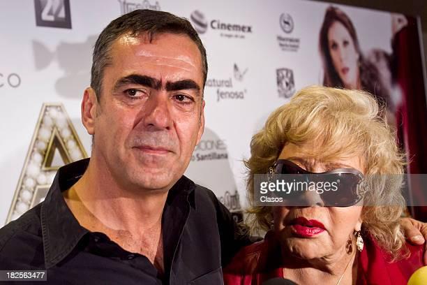 Francisco Franco and Silvia Pinal during a press conference of te Mexican film Tercera Llamada at the Maria Isabel Sheraton Hotel on September 30...
