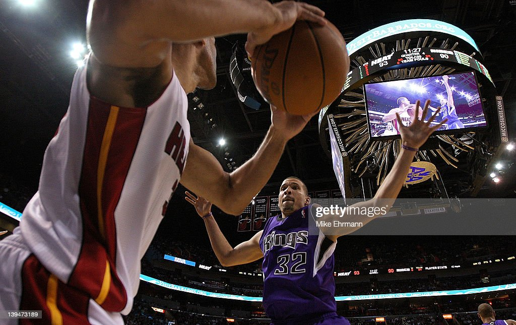 Francisco Garcia #32 of the Sacramento Kings guards the inbound by Shane Battier #31 of the Miami Heat during a game at American Airlines Arena on February 21, 2012 in Miami, Florida.