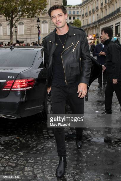 Francisco Lachowski attends Le Defile L'Oreal Paris as part of Paris Fashion Week Womenswear Spring/Summer 2018 at Avenue Des Champs Elysees on...