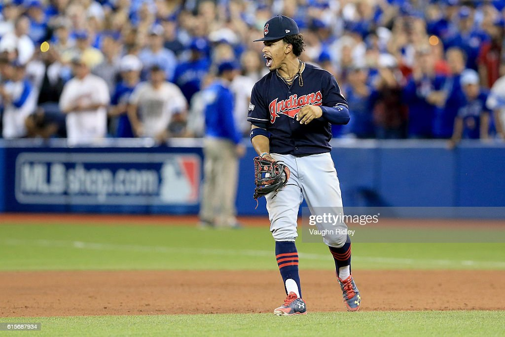 ALCS - Cleveland Indians v Toronto Blue Jays - Game Five : News Photo
