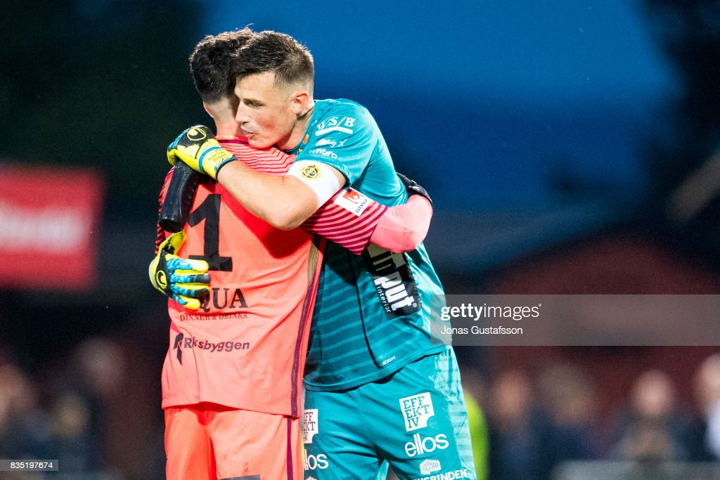 Francisco Marmolejo Mancilla goalkeeper of Jonkopings Sodra and Kevin Stuhr-Ellegaard, goalkeeper of IF Elfsborg hugs each other during the Allsvenskan match between Jonkopings Sodra IF and IF Elfsborg at Stadsparksvallen on August 18, 2017 in Jonkoping, Sweden.