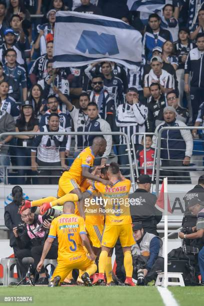Francisco Meza of Tigres celebrates with teammates after scoring his team's second goal during the second leg of the Torneo Apertura 2017 Liga MX...