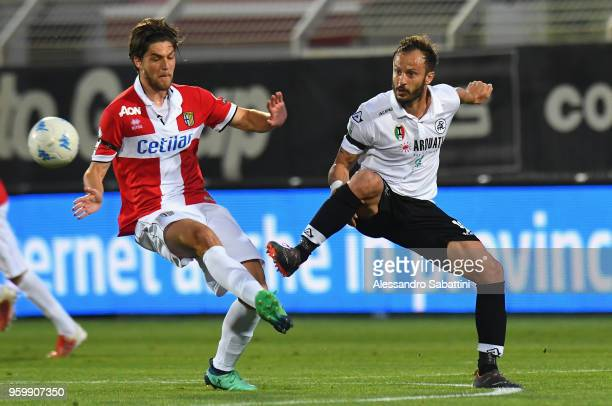 Francisco Sierralta of Parma Calcio competes for the ball whit Alberto Gilardino of AC Spezia during the Serie B match between AC Spezia and Parma...