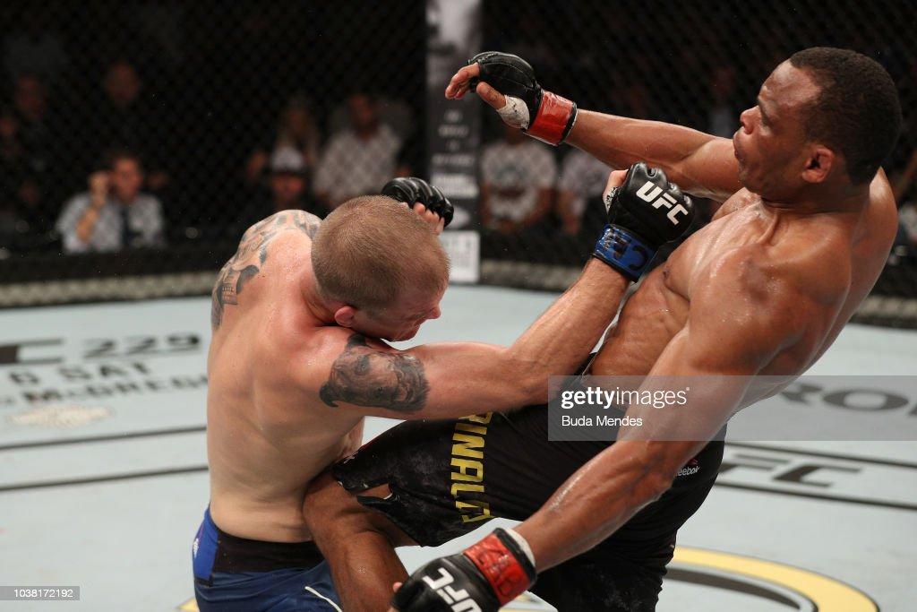 UFC Fight Night: Trinaldo v Dunham : News Photo