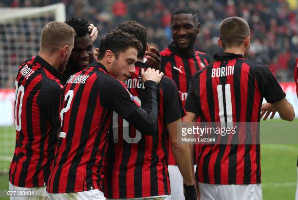 Franck Kessie of AC Milan celebrates his goal with his teammates during the Serie A match between AC Milan and Parma Calcio at Stadio Giuseppe Meazza...