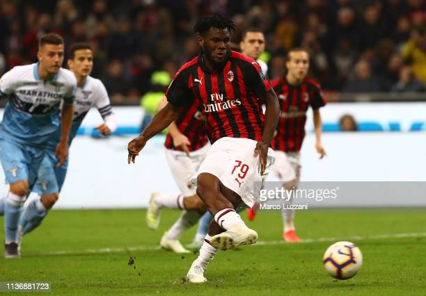 Franck Kessie of AC Milan celebrates scores the opening goal from the penalty spot during the Serie A match between AC Milan and SS Lazio at Stadio...