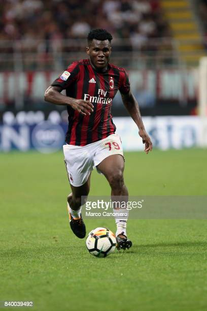 Franck Kessie of Ac Milan in action during the Serie A football match between AC Milan and Cagliari Calcio Ac Milan wins 21 over Cagliari Calcio