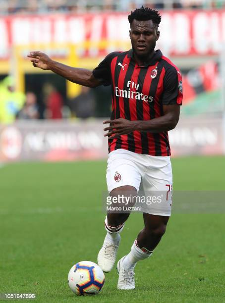 Franck Kessie of AC Milan in action during the Serie A match between AC Milan and Chievo Verona at Stadio Giuseppe Meazza on October 7 2018 in Milan...