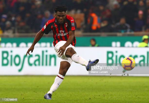 Franck Kessie of AC Milan in action during the Serie A match between AC Milan and SSC Napoli at Stadio Giuseppe Meazza on January 26 2019 in Milan...