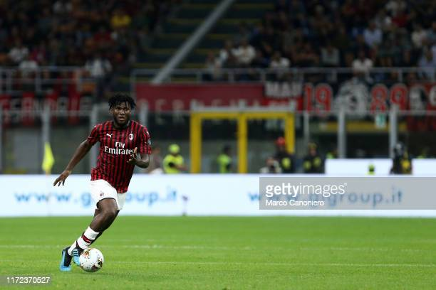 Franck Kessie of Ac Milan in action during the Serie A match between Ac Milan and Acf Fiorentina Acf Fiorentina wins 31 over Ac Milan