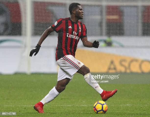 Franck Kessie of AC Milan in action during the Serie A match between AC Milan and Bologna FC at Stadio Giuseppe Meazza on December 10 2017 in Milan...