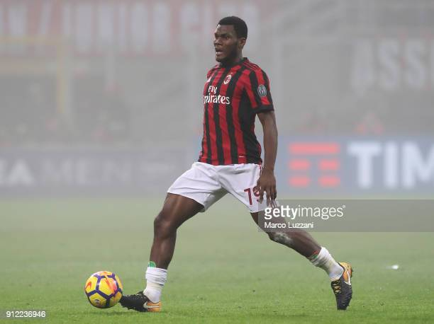 Franck Kessie of AC Milan in action during the serie A match between AC Milan and SS Lazio at Stadio Giuseppe Meazza on January 28 2018 in Milan Italy