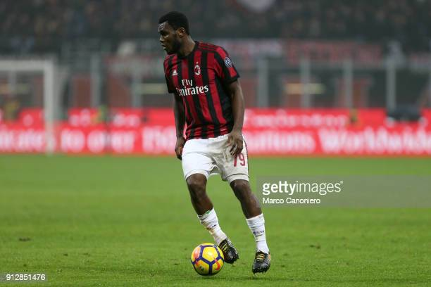 Franck Kessie of Ac Milan in action during the Tim Cup football match between AC Milan and SS Lazio The match end in a tie 00