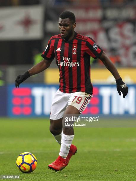 Franck Kessie of AC Milan in action during the Tim Cup match between AC Milan and Hellas Verona FC at Stadio Giuseppe Meazza on December 13 2017 in...